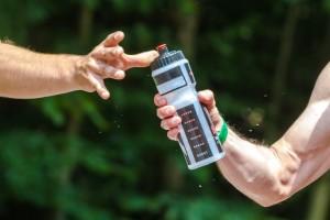 drinking water during marathon