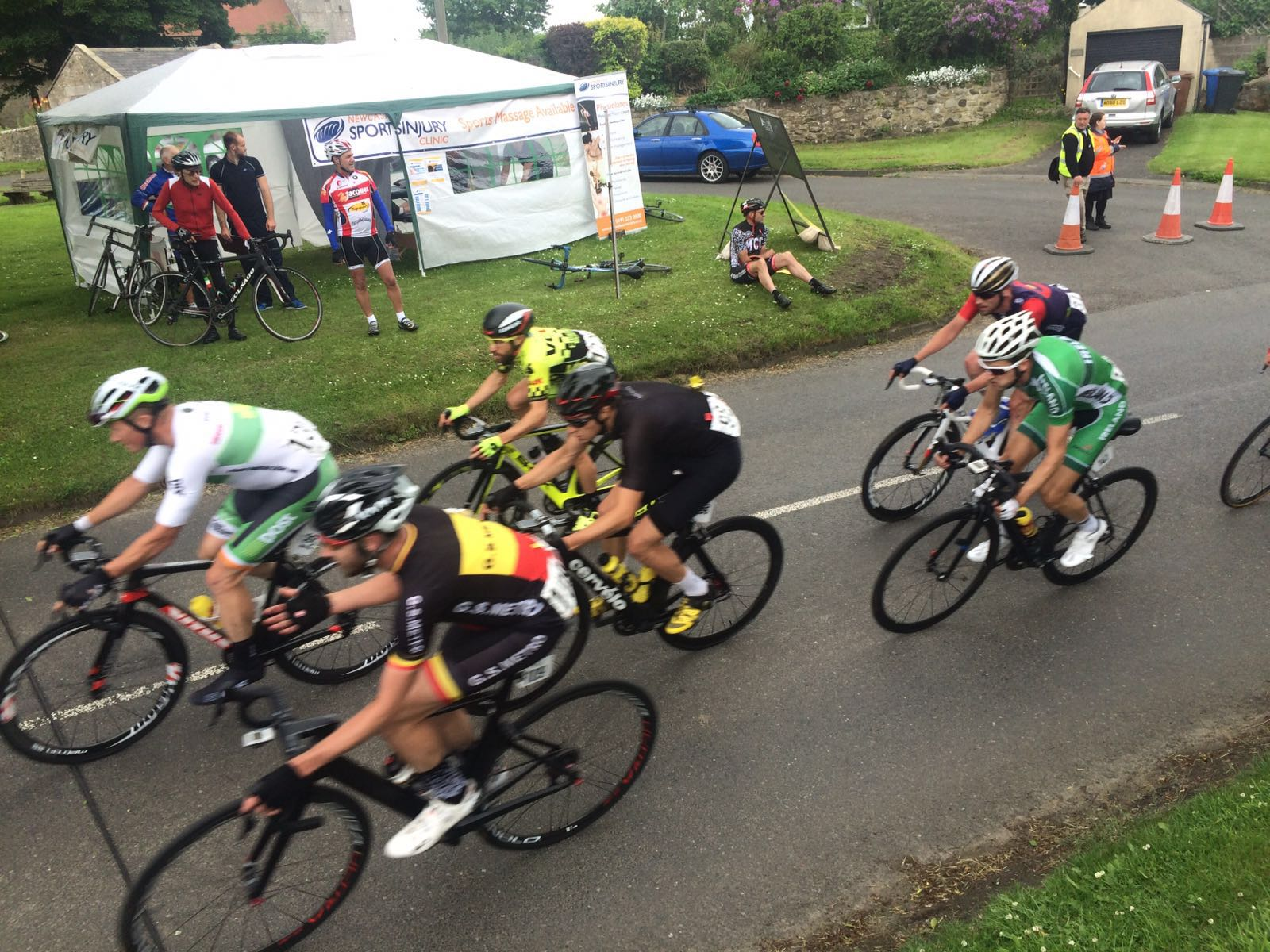Newcastle Sports Injury Clinic supports riders at Cyclone Festival of Cycling